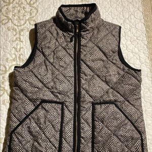 J.Crew women's puffer vest EXCURSION Sz small
